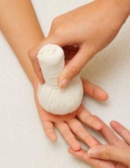 Taller de masaje para  peques de 3 a 6 años